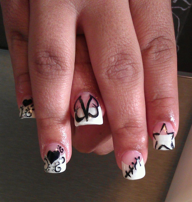 BVB inspire nails - Nail Art Gallery