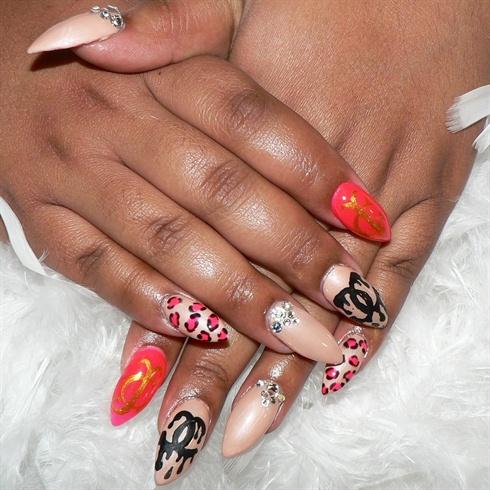 crazy cute  nail art gallery
