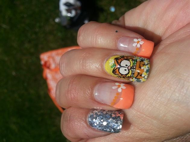 garfiel nails