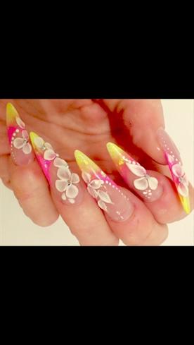 Tricolour Ombré With 3d Nail Art