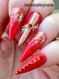 Red & Gold Xmas Nails