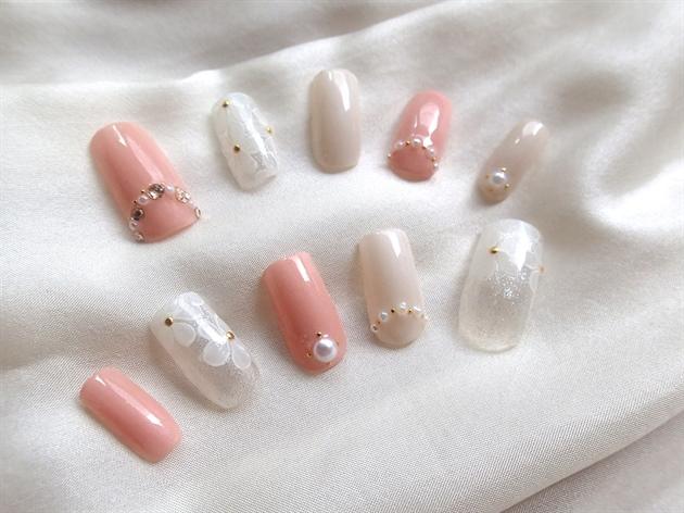 Beautiful wedding fake nails from Japan!