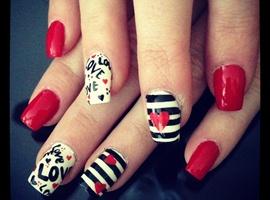 nail art: Valentine's love