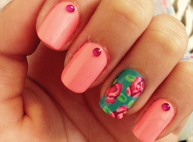 nail art: Coral And Floral
