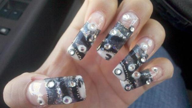 Mustang Nails