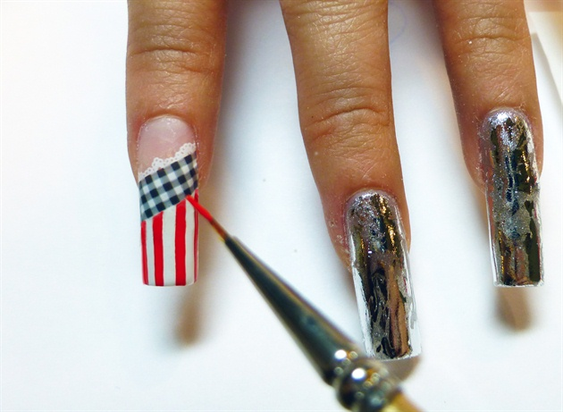 Paint vertical lines of red on the free edge for the Thumb, Pointer and Pinkie fingers,