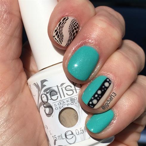 Sea Foam & Tan Gel Manicure
