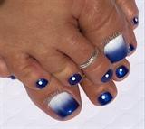 Blue & White Ombré Summer Pedicure