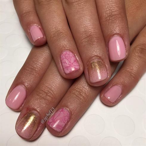 Pretty Pink & Gold Gel Manicure