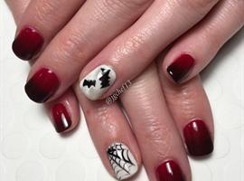 Bats. Spiderwebs & Red/Black Ombré Mani