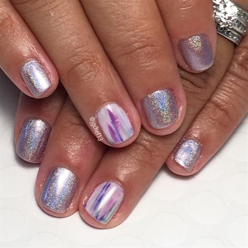 Holo & Color Washed Manicure