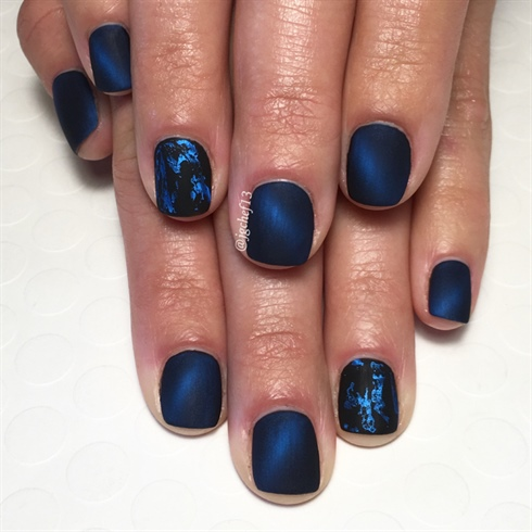 Hypnotic Matte Blue Cats Eye Mani