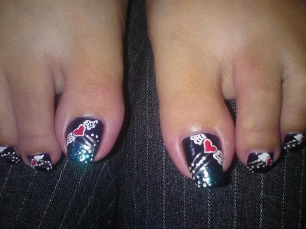 art for toe nails(flying heart)