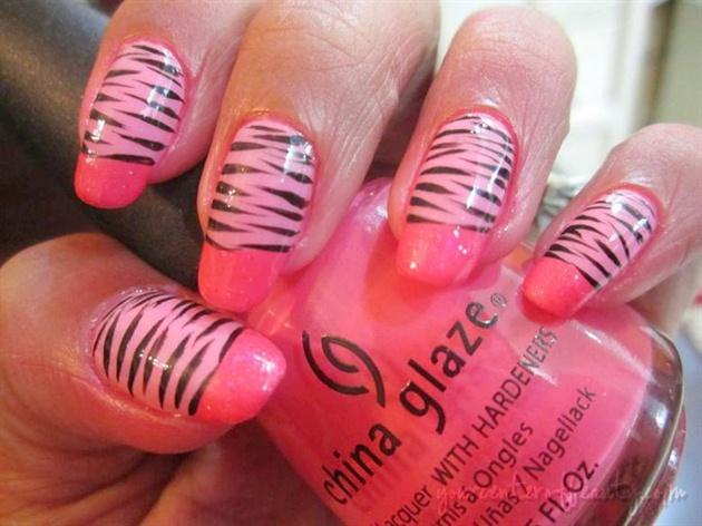 Lines Nail art!