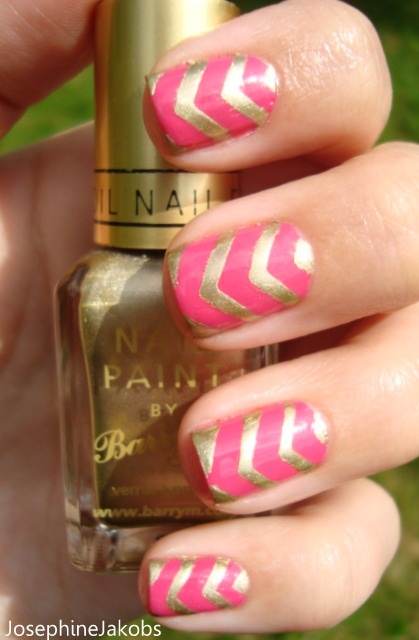 Pink Gold Chevron Nails