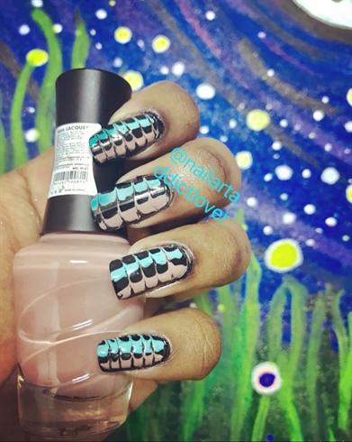 Needle Nail Art