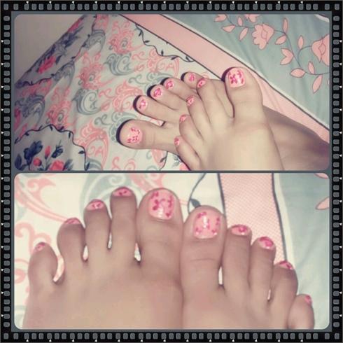 Simple Toes nail art