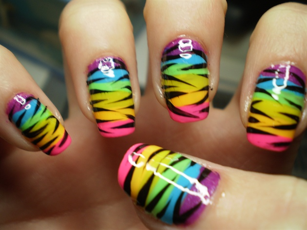 Rainbow Zebra Print - Nail Art Gallery