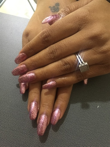 Glittery Nails On Acrylics