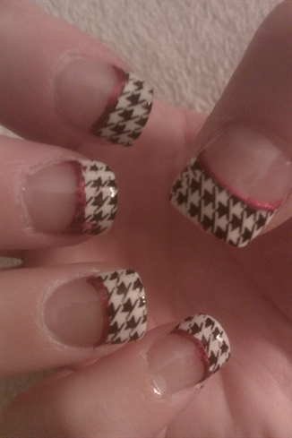 Alabama houndstooth. Roll Tide! =)
