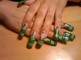 karen's green nails