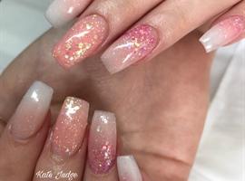 Ombré And Glitter Cute Acrylic Nails