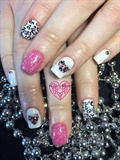 Hearts Valentine Nails