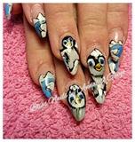 happy feet nails.
