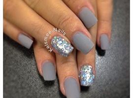 Young nails ManiQ Matte