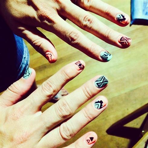 Summer tribal Ombré Nails