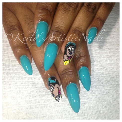 Minnie In Teal (Minnie mouse nails)