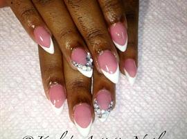 Show White Nail Art Design