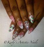 Simple floral nails design