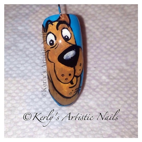 Scooby-Doo Nail Art Design