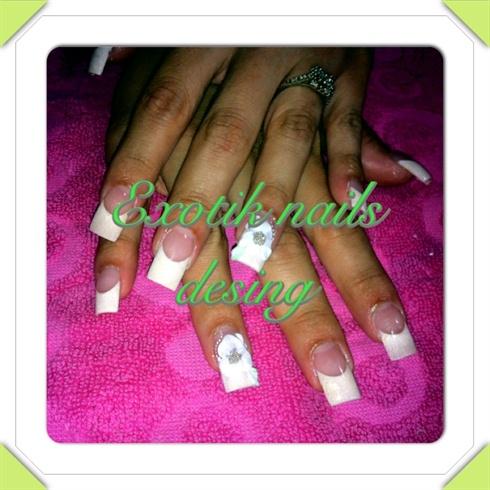 French nail 3D desing