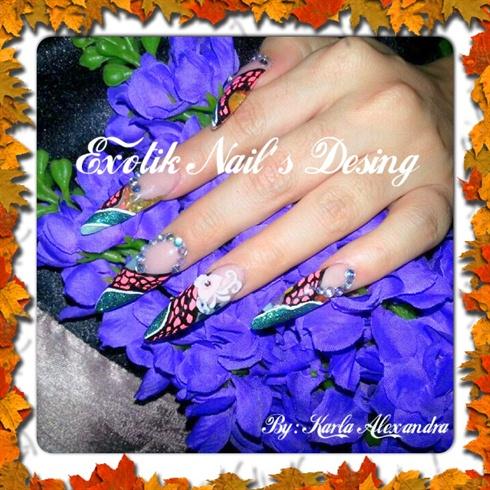 Stillettos nail art