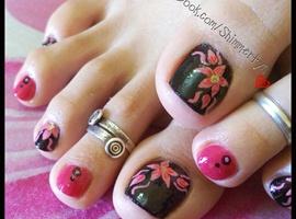 nail art: Floral toe nails
