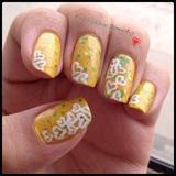 Glitter Sandwich Nails with nail art