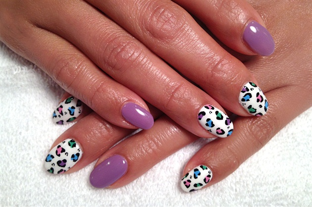 Hand painted multi-color leopard nails