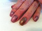 gel polish with glitter dragging