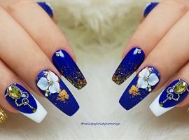 nail art: Gel nails with 4D gel design