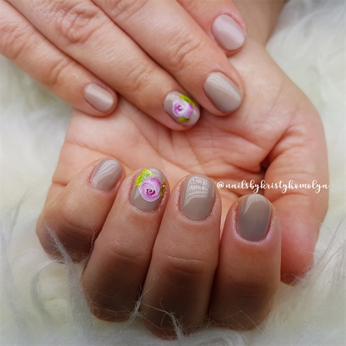 nude nails with onestroke nail art