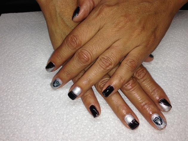 Raider Nation Nails