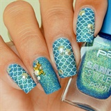 Lovely Gold Shell 3D Ichthyosis Nails