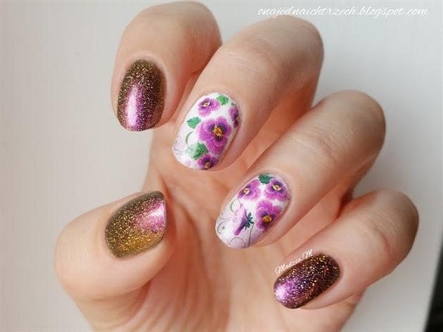 Amazing Elegant Floral Nail Art