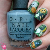 Halloween Nails-  http://bit.ly/1S8MwM4
