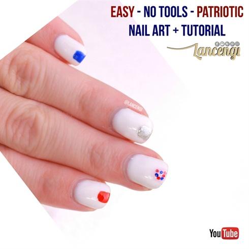 Easy Minimalist Patriotic Nail Art Desig