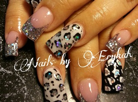 nail art: black white silver leopard