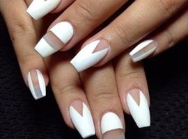 nail art: White
