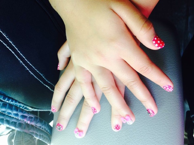 Lb Nails